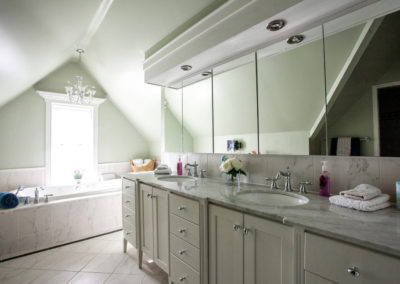 mandy-gallery-bathroom