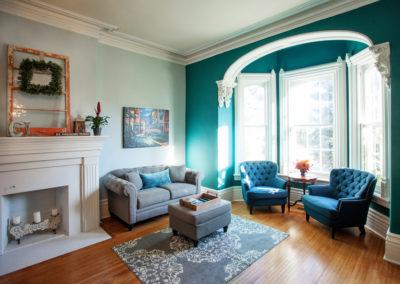 mandy-gallery-sittingroom